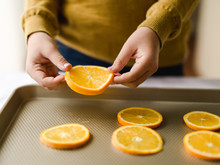 Making Dried Orange Slices For The Holidays
