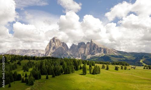 Fotobehang Wit Seisser alm - Alpe di Siusi - Dolomites