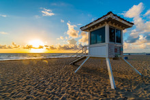 Life Guard Tower On Miami Beac...