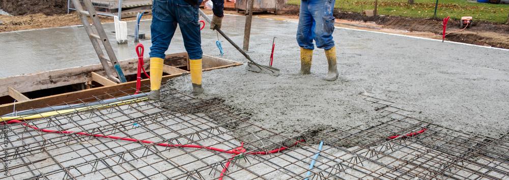 Fototapeta Betonieren von einem Fundament bzw. Decke für einen Neubau