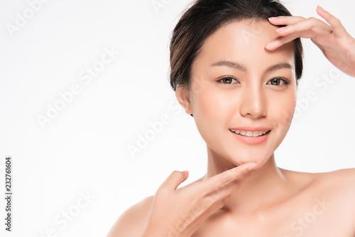 Stampa su Tela Beautiful Young asian Woman with Clean Fresh Skin