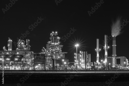Spoed Foto op Canvas Rotterdam Refinery plant in the Netherlands