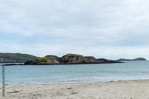 Fotografia  Rocks in the Atlantic Derrynane Beach