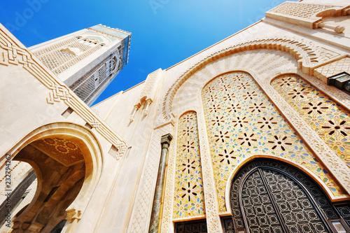 Fotomural View of the mosque of Hasan II in Casablanca, Morocco