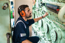 Marine Engineer Officer In Eng...