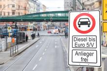 Diesel - Fahrverbot - Verkehrs...