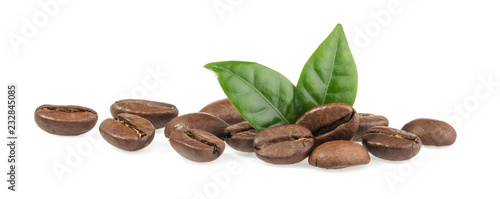 Leinwand Poster Coffee beans isolated on white background