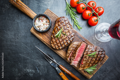 In de dag Grill / Barbecue Grilled marbled meat steak