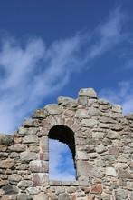 Window Opening In Olde Stone W...