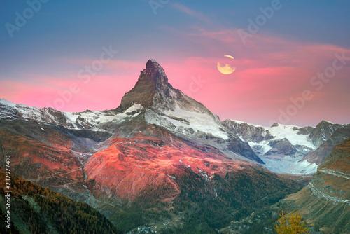 Foto auf AluDibond Rosa hell Matterhorn slopes in autumn