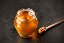 A Photo Of A Honey Dipper And ...