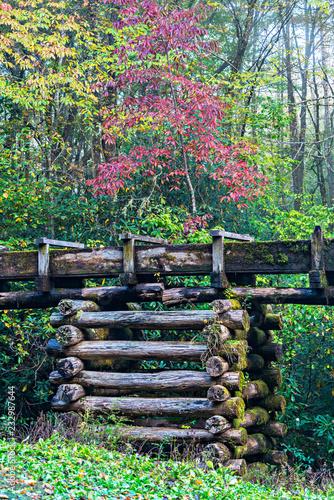 Fotografie, Obraz  Log Platform & Flume