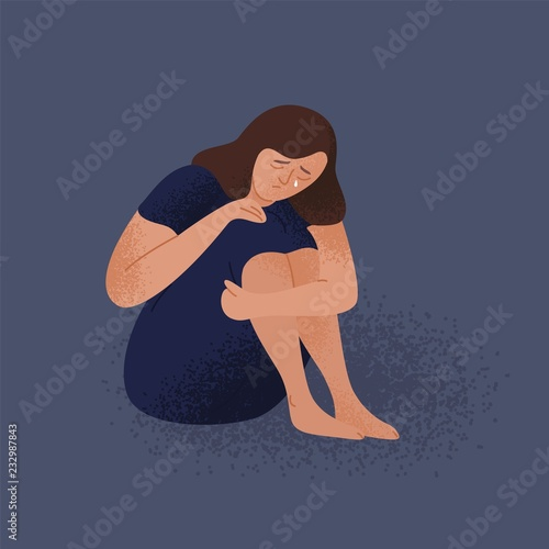 Photo Sad crying lonely young woman sitting on floor