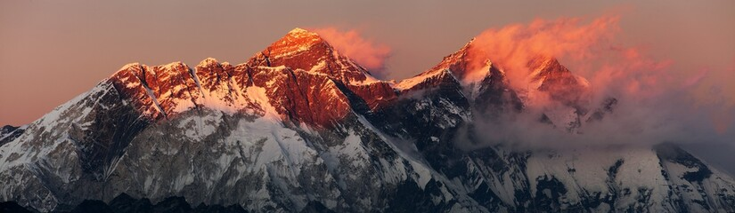 mount Everest Lhotse Nepal Himalayas mountains sunset