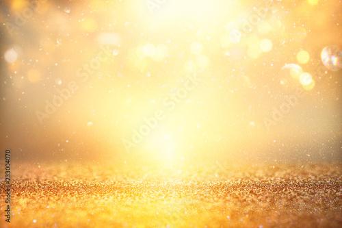 Fotografia  glitter vintage lights background. silver and gold. de-focused.