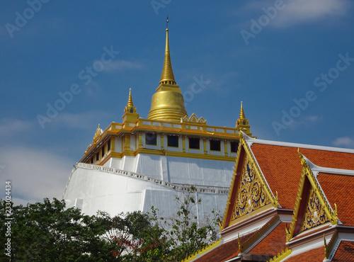 Foto  Blick auf die Kuppel vom Golden Mount Tempel
