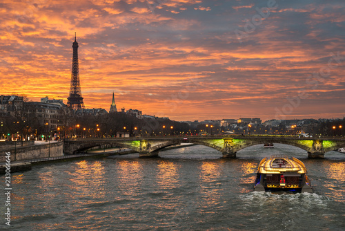 Foto auf Leinwand Eiffelturm Eiffel tower, Paris