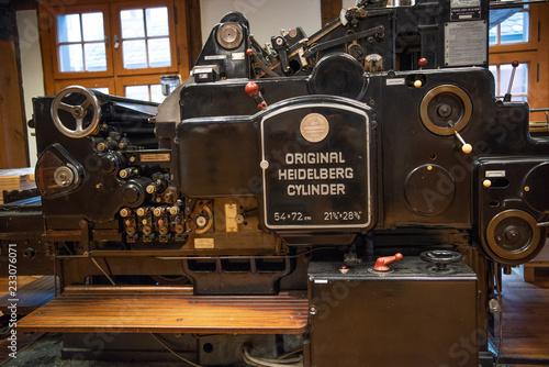 Obraz Maschinen der alten Drucktechnik - fototapety do salonu