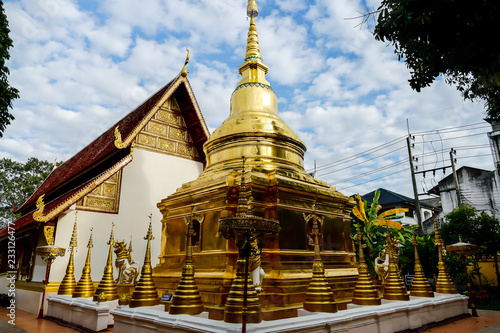 Fotografia  temple in thailand, digital photo picture as a background