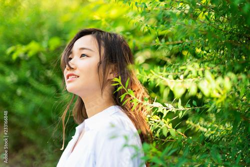 Foto  自然 女性 ポートレート