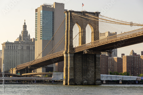 Poster Brooklyn Bridge The Brooklyn bridge and New York city Lower Manhattan skyline