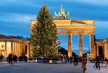 Brandenburg Gate Building Berlin Night Germany