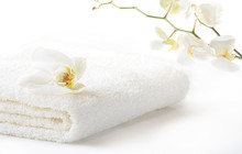 White Spa Towel With Orchid Fl...