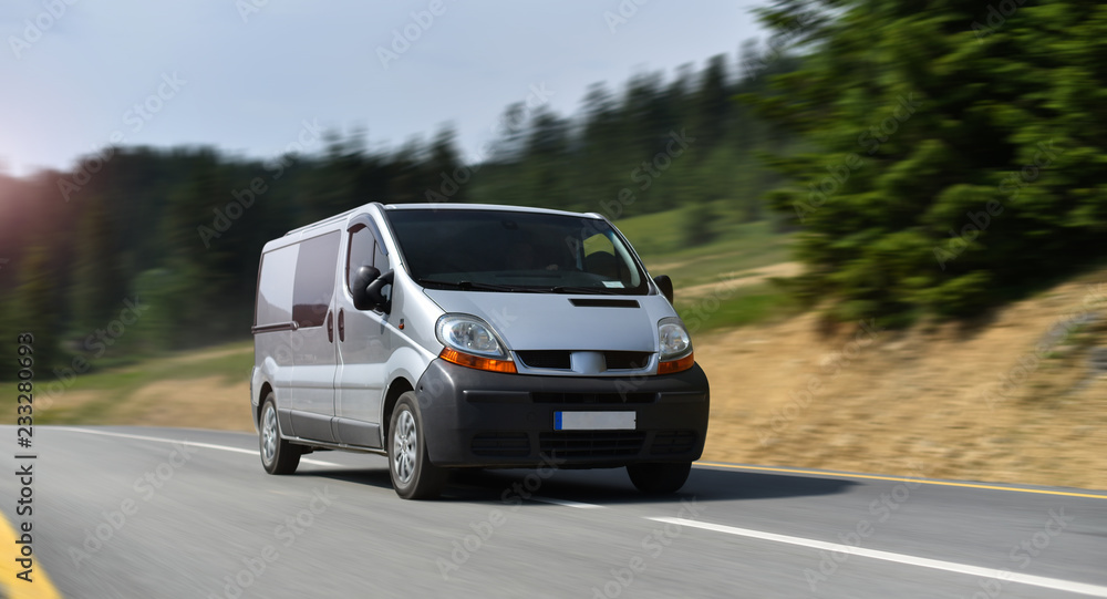 Fototapety, obrazy: commercial van drive by mountain road