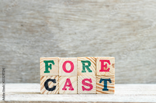 Fotografía  Letter block in word forecast on wood background