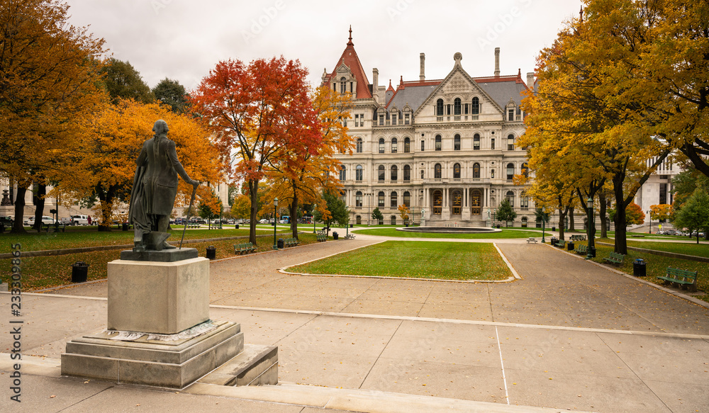 Fototapety, obrazy: State Capitol Building Statehouse Albany New York Lawn Landscaping