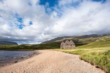 Ufer Vom Loch Assynt Mit Dem Calda House