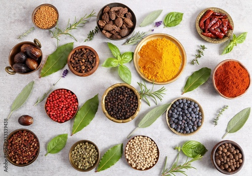 Foto op Canvas Aromatische Spices and herbs.
