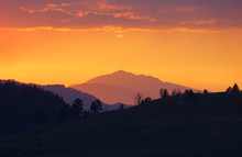 Beautiful Sunset Sky Over Yellowstone National Park In Wyoming