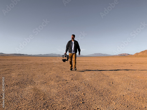 Obraz na plátne Filmmaker in the Desert