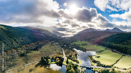 Photo Flying through the Great Glen above Loch Oich in the scottish highlands - United