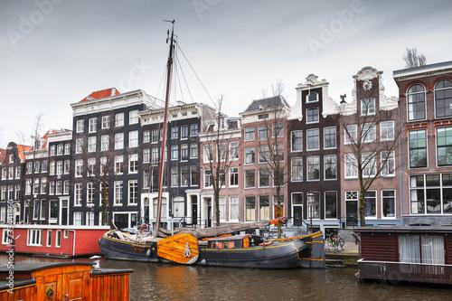 Foto op Aluminium Europese Plekken Canal coast view, Amsterdam, Netherlands