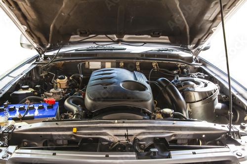 Fotografie, Obraz Open hood on 2500cc