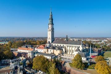 Jasnogórski klasztor w Częstochowie, Polska. Widok z lotu ptaka