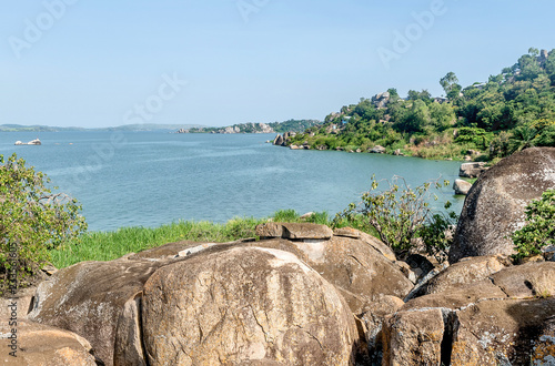 Fotografija Rocks on the shore of Lake Victoria, Tanzania
