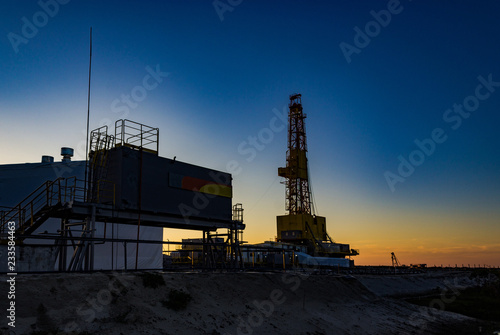 sunset drilling rig
