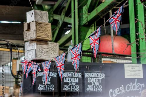 Union Jack Flagge Fahne Wimpel Kette Großbritannien, England Wallpaper Mural