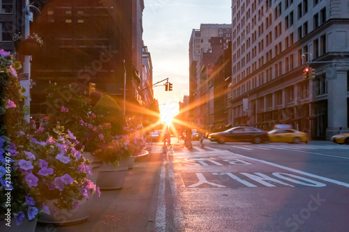 obraz PCV Colorful New York City street scene with flowers and sunset