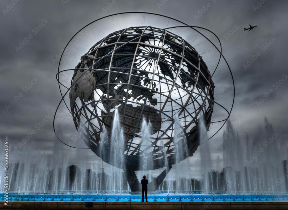 Fototapety, obrazy: Man Views Unisphere
