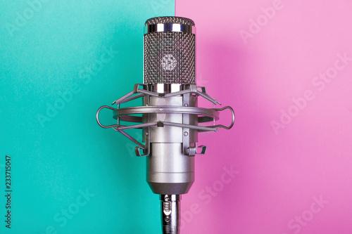 studio microphone - 233715047