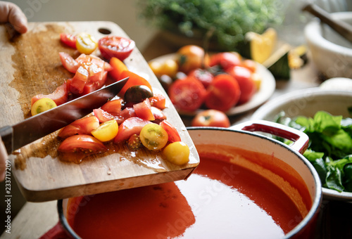Autocollant pour porte Cuisine Homemade tomato soup cooking in the kitchen