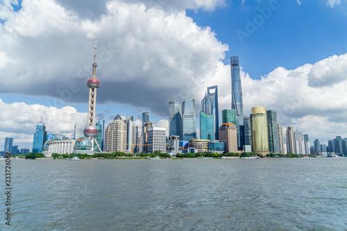 In de dag Aziatische Plekken Shanghai Cityscape