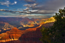 Yavapai Point At Sunset In The South Rim Of Grand Canyon National Park, Arizona, USA.
