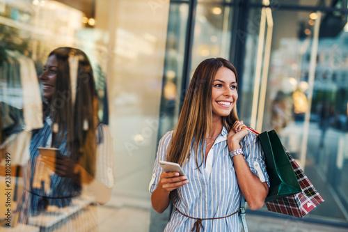 Foto Girl at shopping
