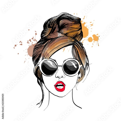 Stylish girl in glasses. Fashion illustration.  Fototapete