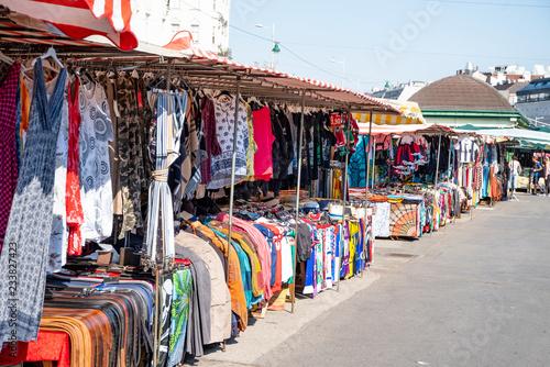 fototapeta na szkło Naschmarkt Wien,